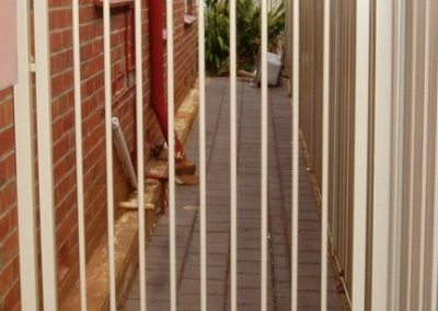 Grange Design Cut & Shut over house foundation. Personal Access Gate Classic Cream Oaklands Park