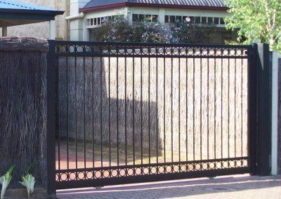 Henley Design Double Row Circles Sliding Gate Satin Black Medindie