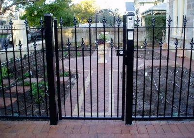 St Peters Design 40x10 Flat Bar; Aluminium Construction; Single Gate with 001 Satin Chrome Lockwood Lock , Keypad & Intercom; Satin Black; Glenelg
