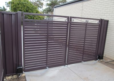 Leabrook Design; Horizontal Slats 65x16 with 10mm Gaps; Scolls welded to top; Aubergine; Brighton