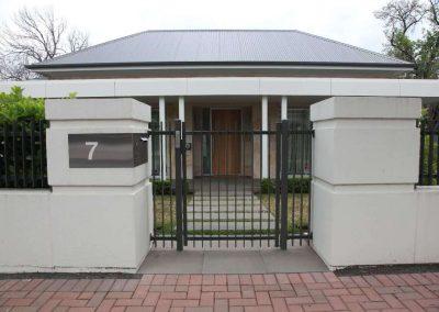 Burnside Design 50x10 On Edge Gate with Lokk Latch Magill Monument