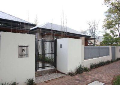 Burnside Design 50x10 On Edge Gate with Satin Chrome Lockwood Lock Satin Black