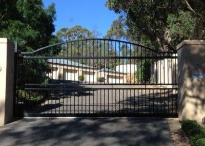 Henley Design Arched Automated Gates McLaren Vale Satin Black