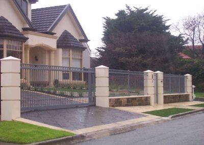 Henley Design with Extra Rail Brighton Woodland Grey