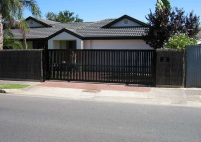Kensington Design Vertical Slat Sliding Gate Hove Satin Black